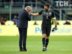 Легендарный Буффон завершил карьеру в сборной Италии
