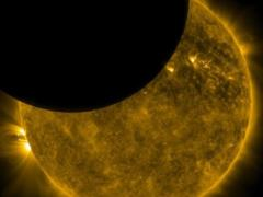 Какие опасности подстерегают нас во время солнечного затмения 15 февраля