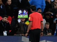 Клубы АПЛ проголосовали против использования видеоповторов с сезона-2018/19