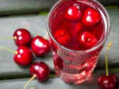 Лечит почти все: назван самый полезный сок