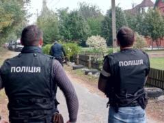 Под Киевом спецназ КОРД задержал банду вооруженных коллекторов, захвативших чужой дом