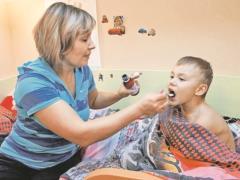 Детский доктор: не пичкайте ребенка витаминами и не бойтесь сквозняков