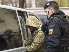 К пленным морякам пустили украинских консулов