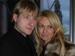 Евгения Плющенко прооперировали