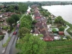 Сотни людей эвакуированы из-за наводнения на востоке Англии