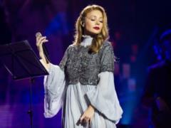 Різдвяна історія з Тіною Кароль : украинские звезды споют самые известные колядки
