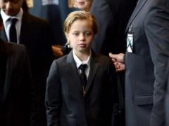 Дочь Джоли и Питта официально сменила имя на Джона