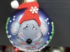 И елочка крысиная на праздник к нам пришла