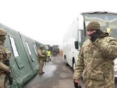РосСМИ: два человека из обменного списка  ЛНР  отказались возвращаться из плена