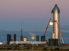 SpaceX снова испытает прототип корабля для полета на Луну