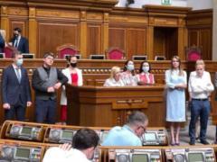 Половина депутатов  Голоса  объявила о создании отдельного объединения  Справедливость