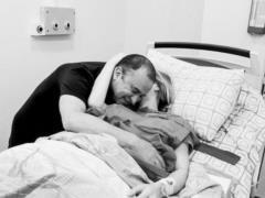 Жена Павлика обнародовала фото, сделанные во время родов и рассказала, как рожала сына
