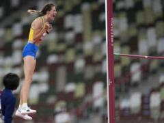 Снова проиграла россиянке: Магучих стала второй на этапе Бриллиантовой лиги в Лозанне