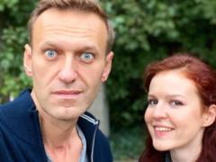 СМИ: пресс-секретарь Навального уехала из России