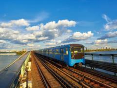 Во вторник общественный транспорт столицы будет работать на час дольше